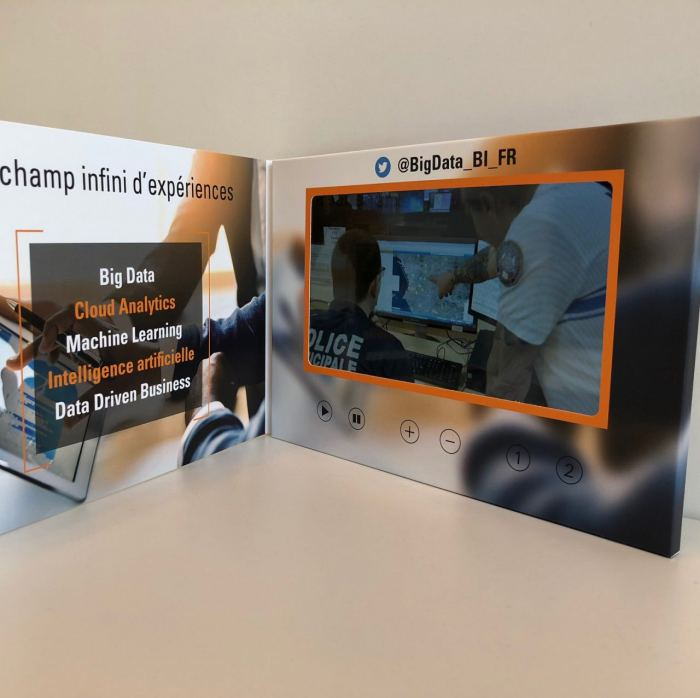 Video brochures - integrated video screen to auto play your video