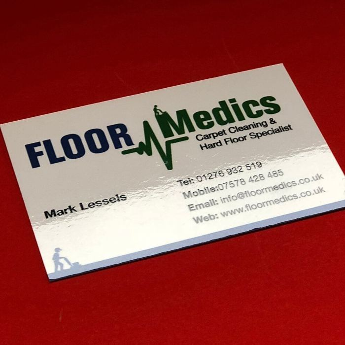 Gloss laminated business cards printing in Bracknell